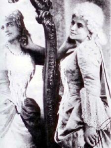 Cesira Ferrani as Manon Lescaut